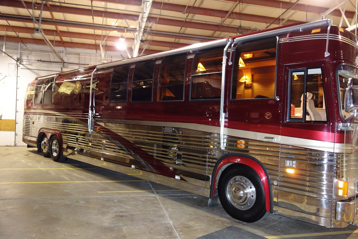 Prevost Diesel Motorhomes Coaches Motorcycle Review And