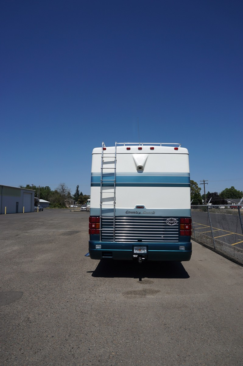 1994 Country Coach Affinity 40′ | Premier RV