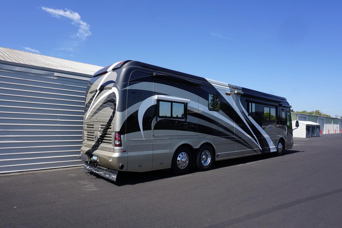 2006 Country Coach Magna 45 Premier Rv